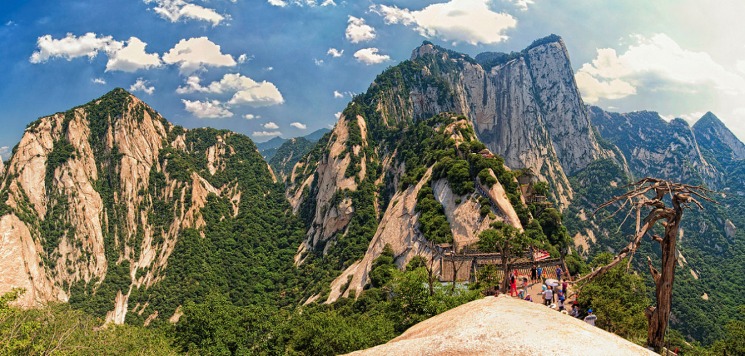 Hua Shan World's deadly hike
