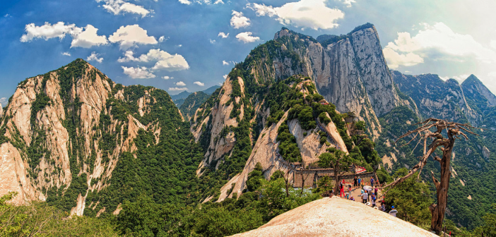 Hua Shan World's deadly hike